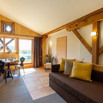 Wohnzimmer in unserer Ferienwohnung in Völs am Schlern